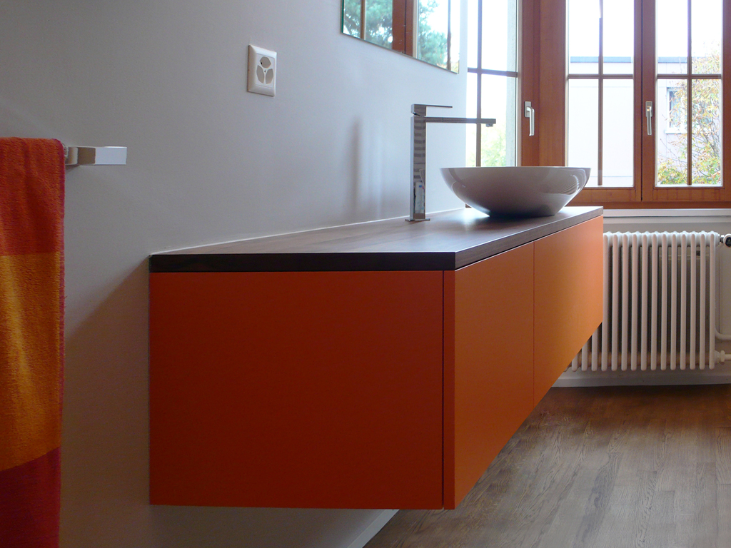 badezimmer badezimmerm bel innenausbau waschtische ft k chenbau. Black Bedroom Furniture Sets. Home Design Ideas